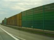 Laermschutzwand beschichten mit Graffitischutz